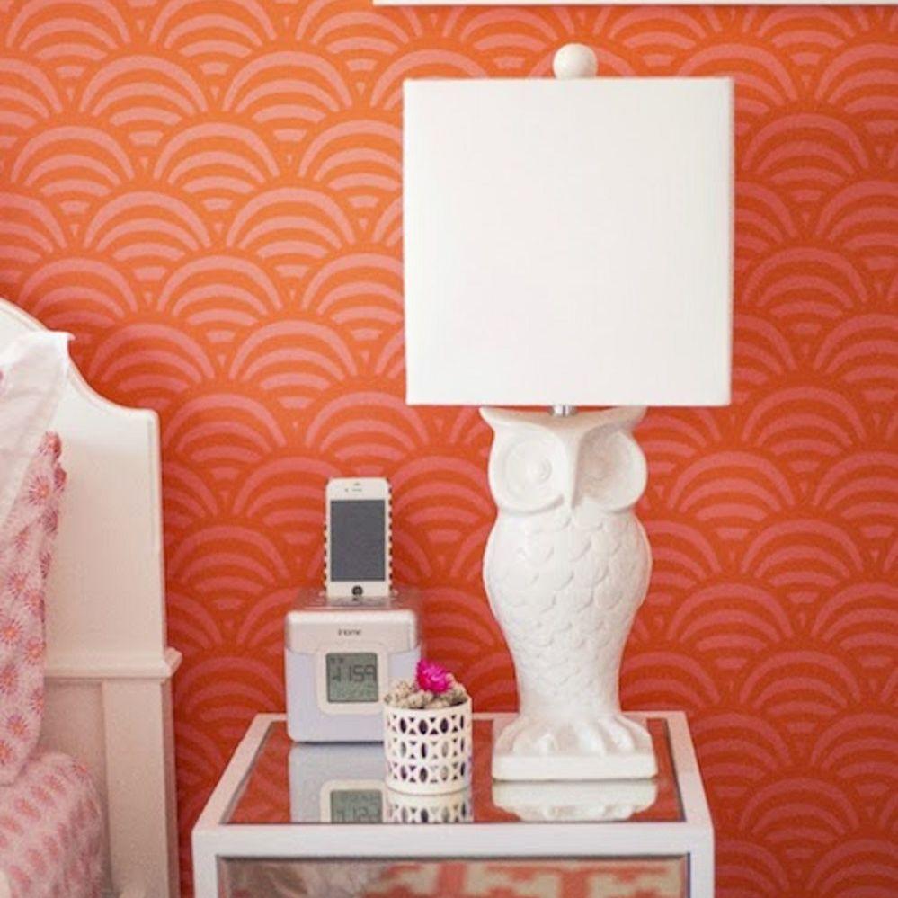 Owl lamp in bedroom