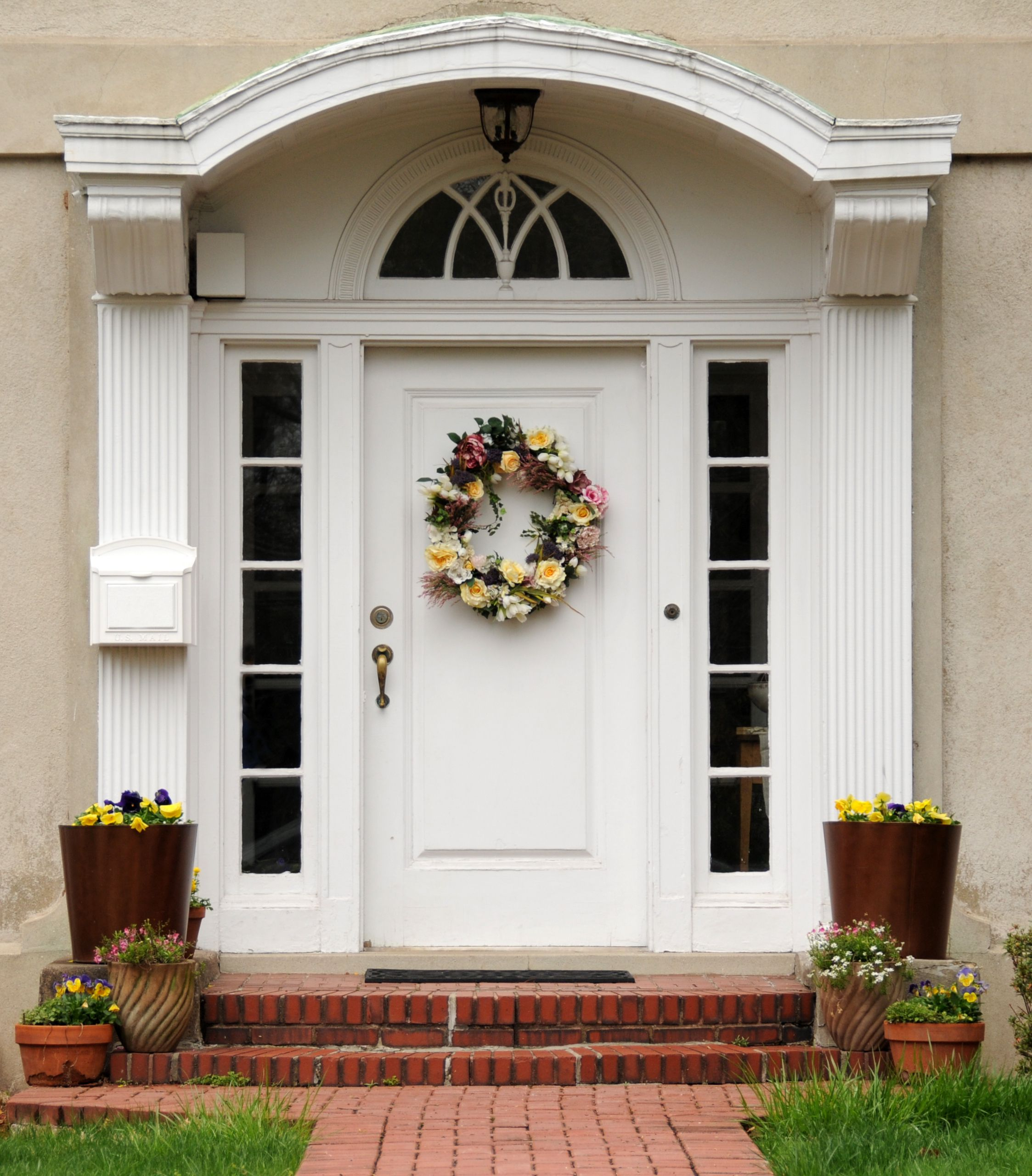 Choose Your Best Feng Shui Front Door Color