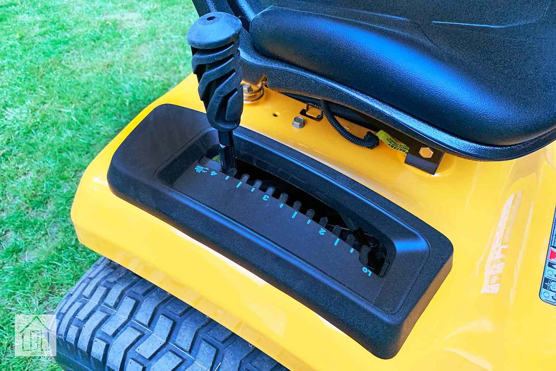 Cub Cadet XT1 ST54 Lawn Tractor