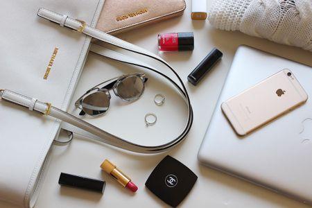 f63d2f1fbe Clever Handbag Storage Ideas