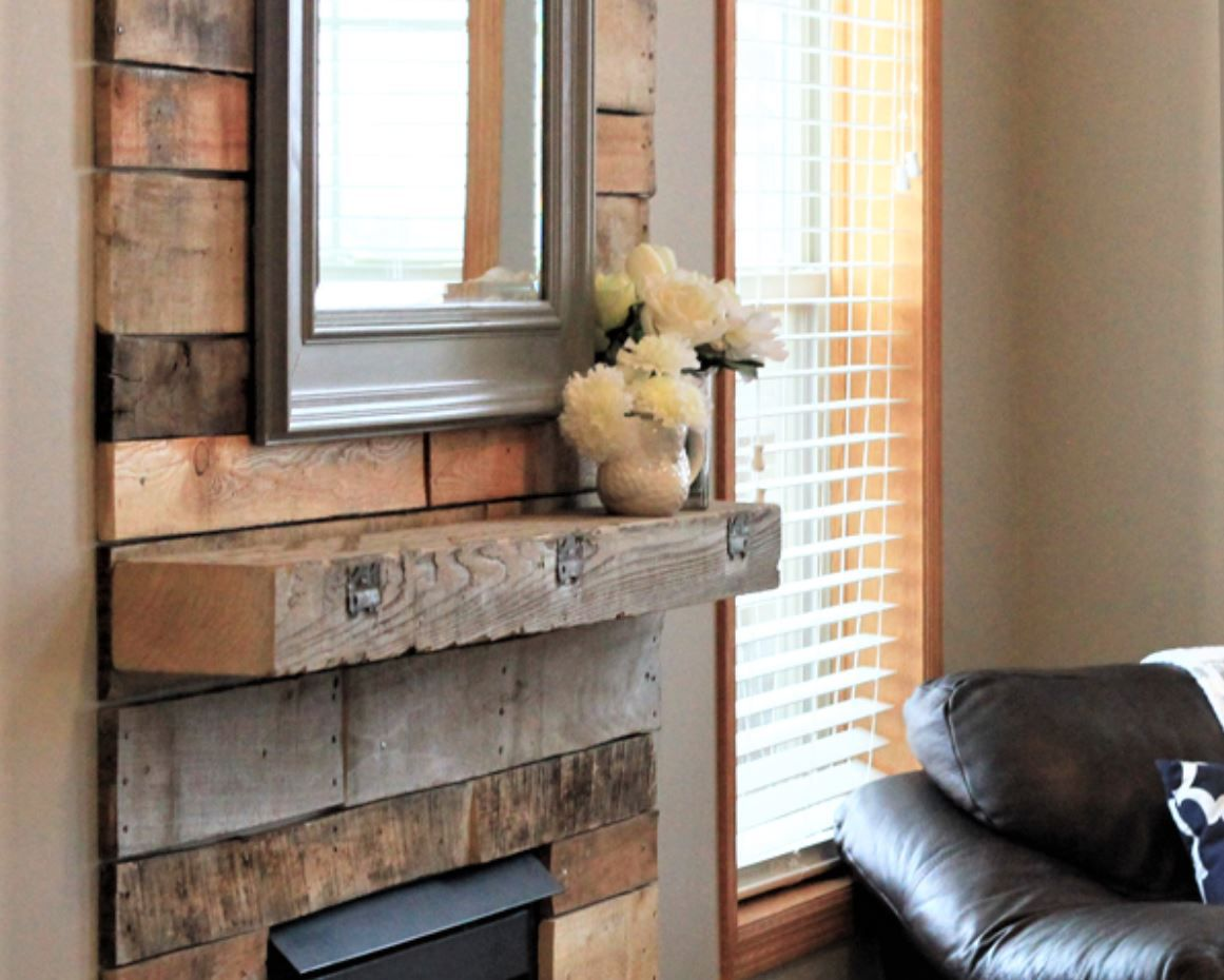 13 Diy Reclaimed Wood And Pallet Fireplace Surrounds
