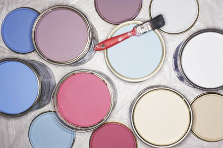 How to Reuse, Recyle or Dispose of Old Paint