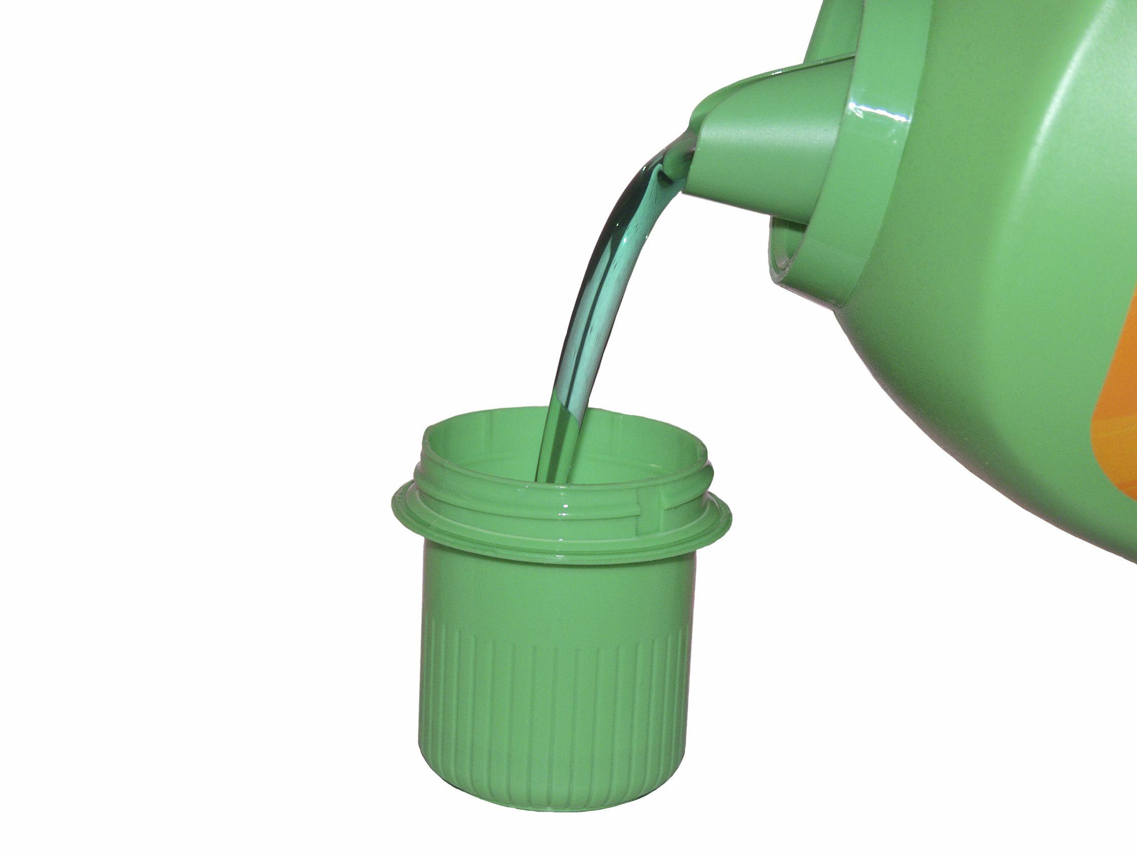 Liquid detergent cap