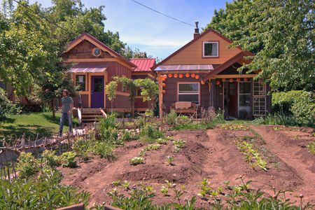 15 Livable Tiny House Communities on tiny mobile house designs, tiny mobile home, tiny mobile house plans,