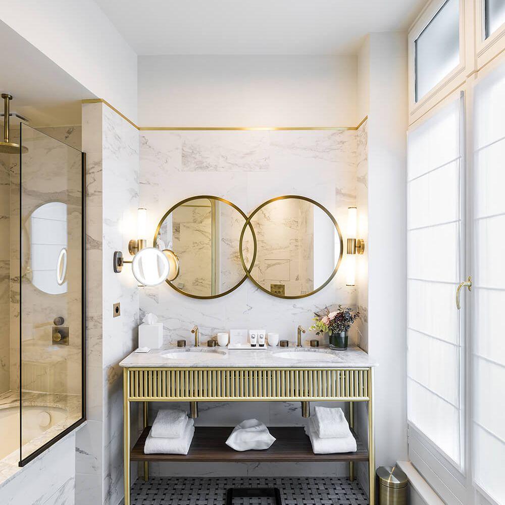 10 Stylish Bathroom Backsplashes,Black And White Wallpaper For Small Bathroom