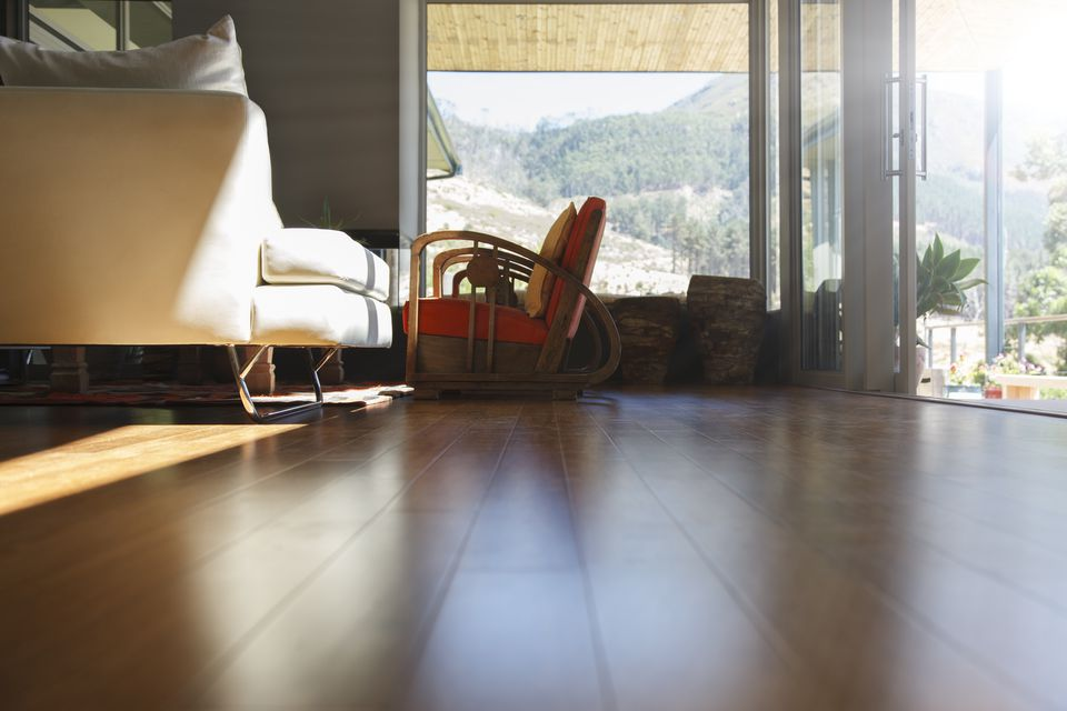 Vinyl Plank Flooring Brands Pros And Cons And Reviews