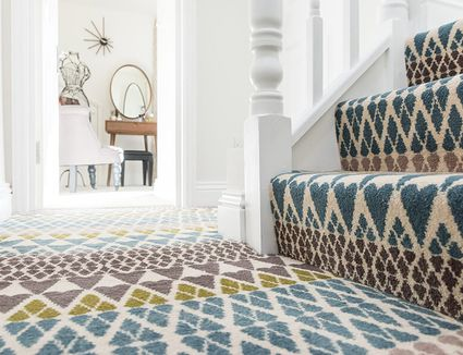 Choosing The Right Area Rug For Your Living Room