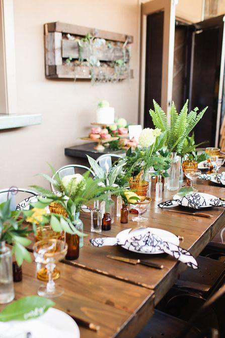 Centro de mesa de hojas de helecho