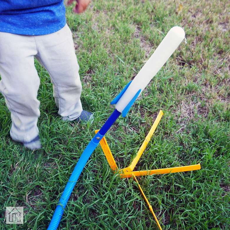 Stomp Rocket Jr. Glow Rocket
