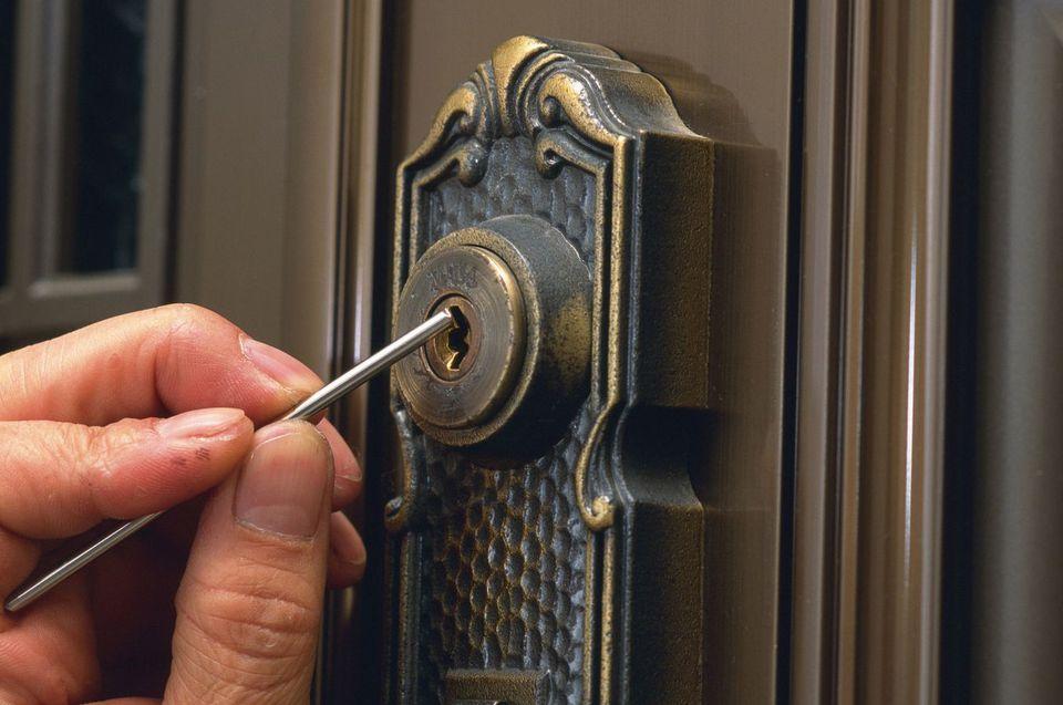 Locksmith Picking Lock