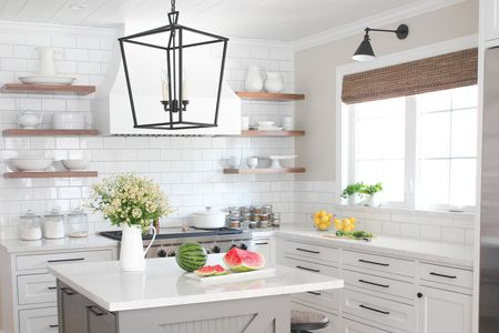 drool worthy modern farmhouse kitchen hero - White Farmhouse Kitchen