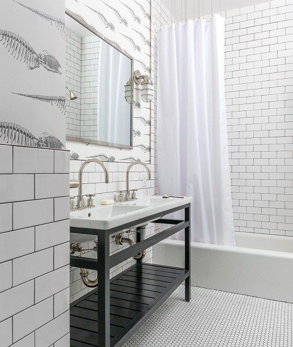 19 Inspirational Black And White Bathrooms