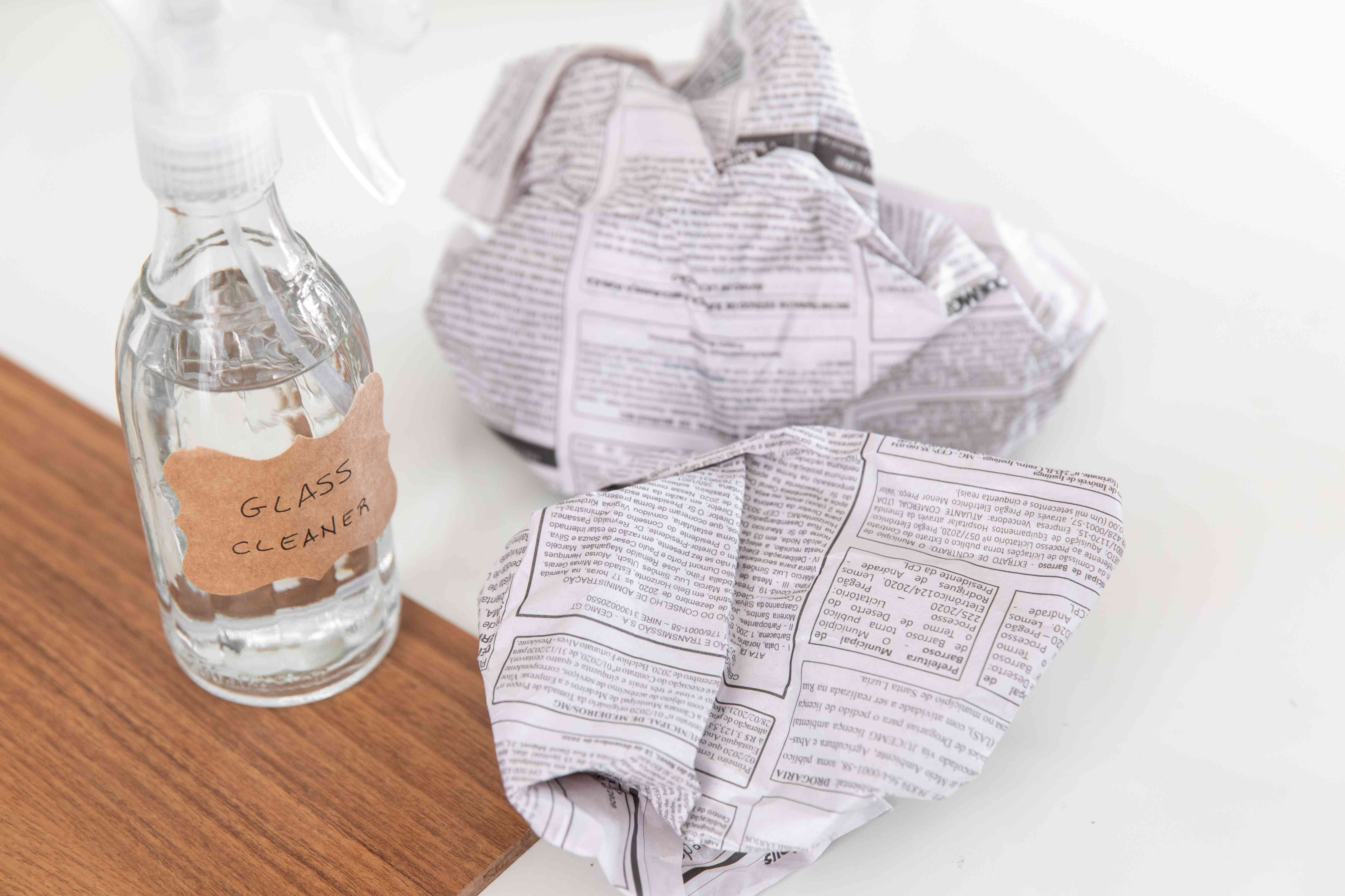 newspaper is the best tool for cleaning windows