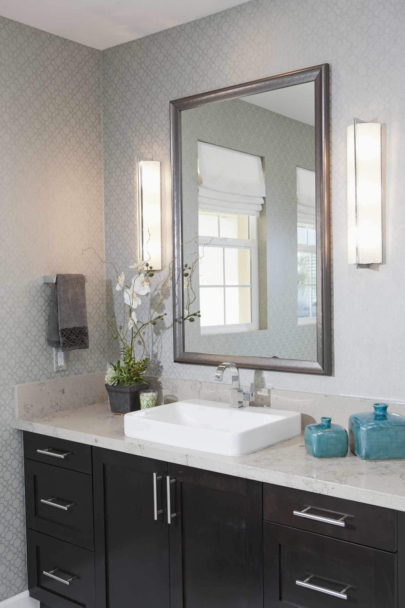 Bathroom Vanity Cabinets And Sinks