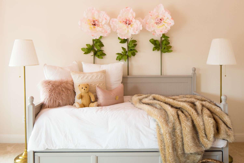 Statement decor in girls bedroom