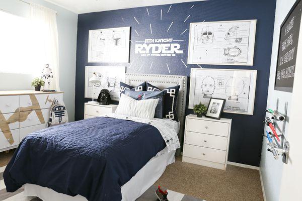 Boy's room with Star Wars Theme