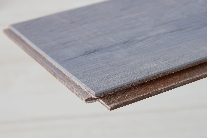 Laminate floor plank