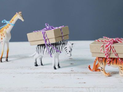 6 clever and inspired ways to wrap gifts a christmas crafts