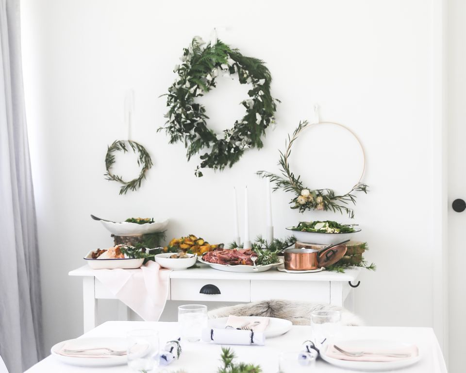 Minimalist Christmas.10 Minimalist Christmas Decorating Ideas