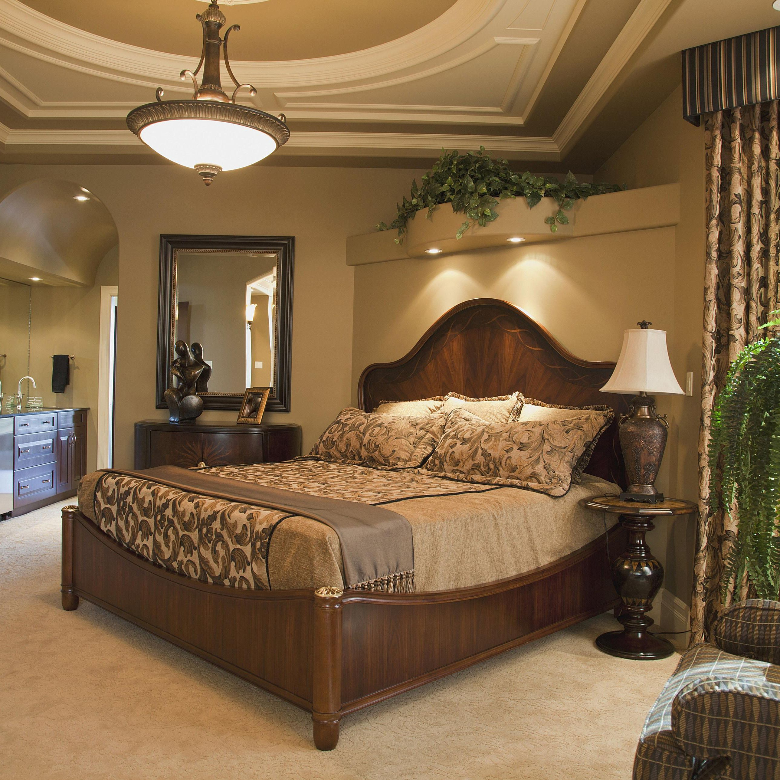 Tuscan Decorating Style For Bedrooms
