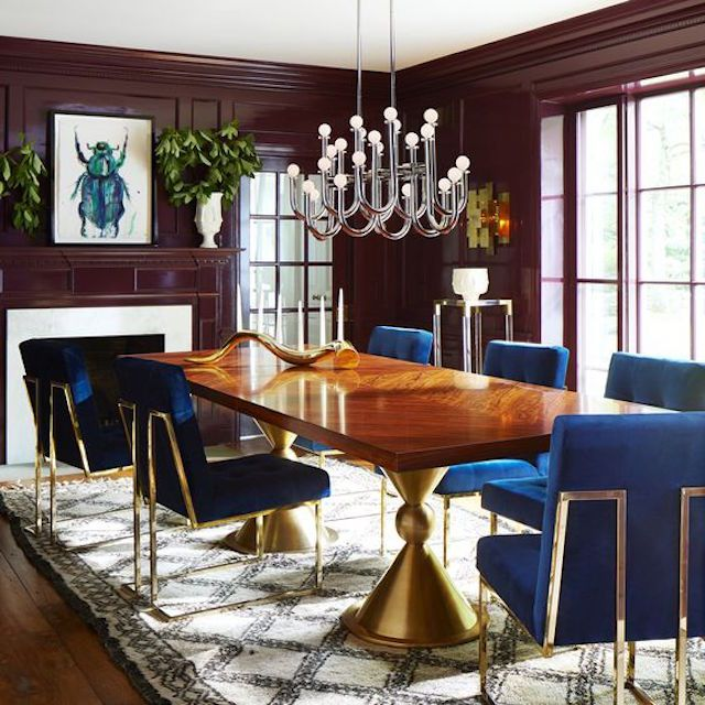 Playful glamour in the dining room