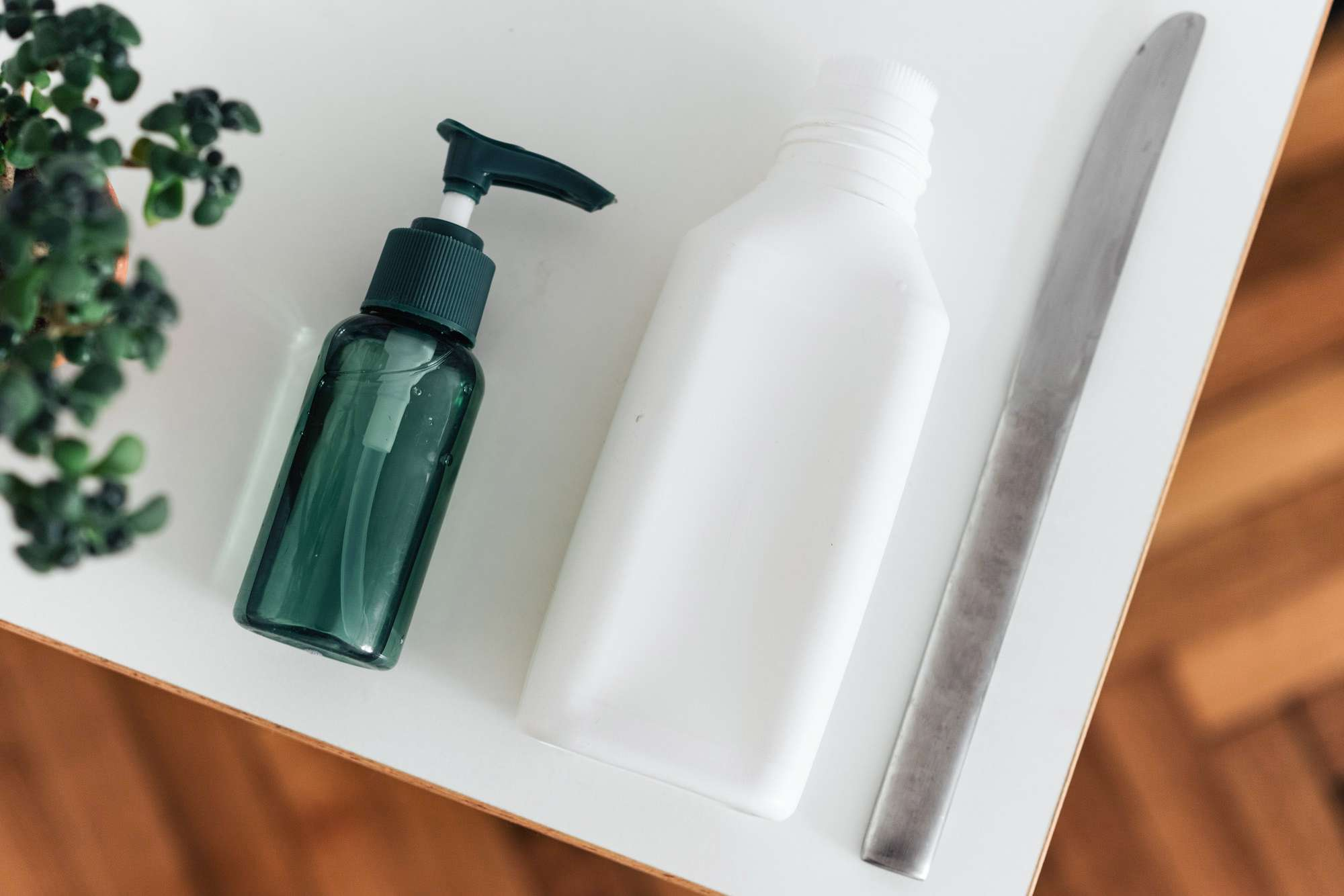 materials for removing salad dressing stains