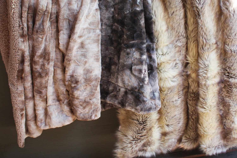 Chanasya Wolf Faux Fur Throw