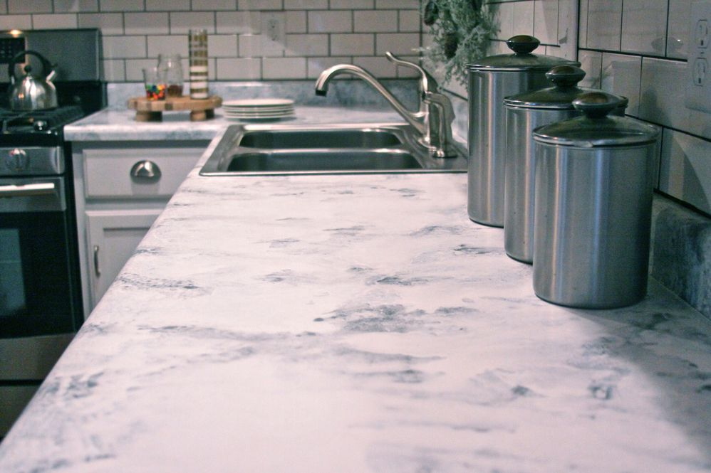 The Five Best DIY Countertop Resurfacing Kits - Kitchen countertop paint kits