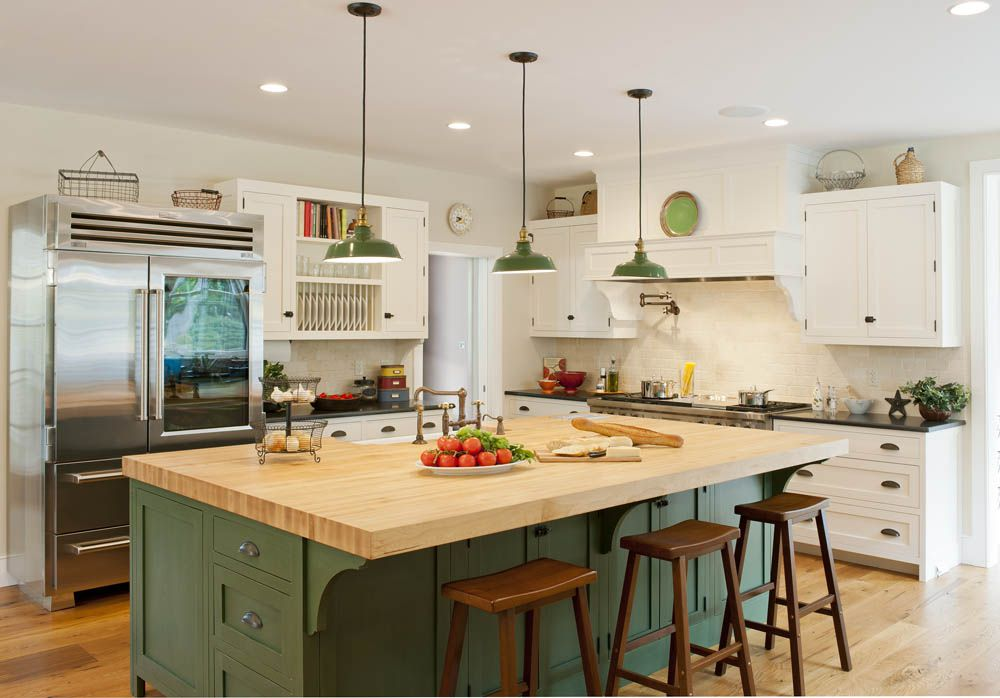 Kitchen inspired by early American design