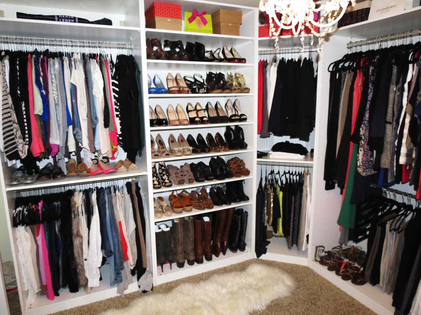 How-to-store-everything-in-your-closet-by-Makeup-by-Tiffany.JPG