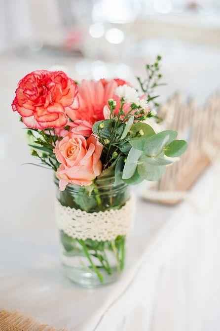 Centro de mesa de boda de primavera de clavel