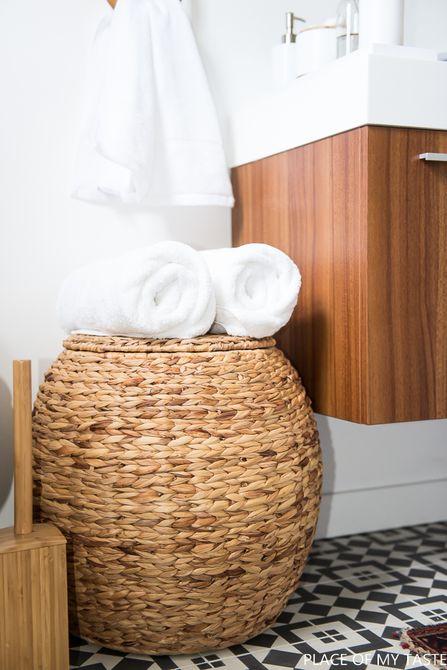organizar las toallas del baño