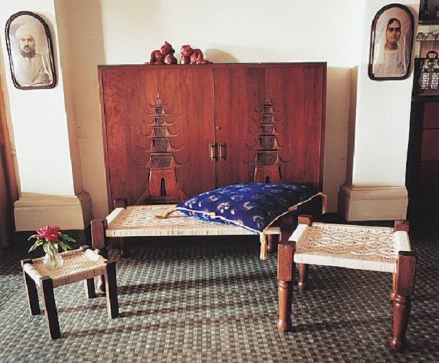 AphroChic: Ancient Indian Charpoy Beds in Modern Home Decor
