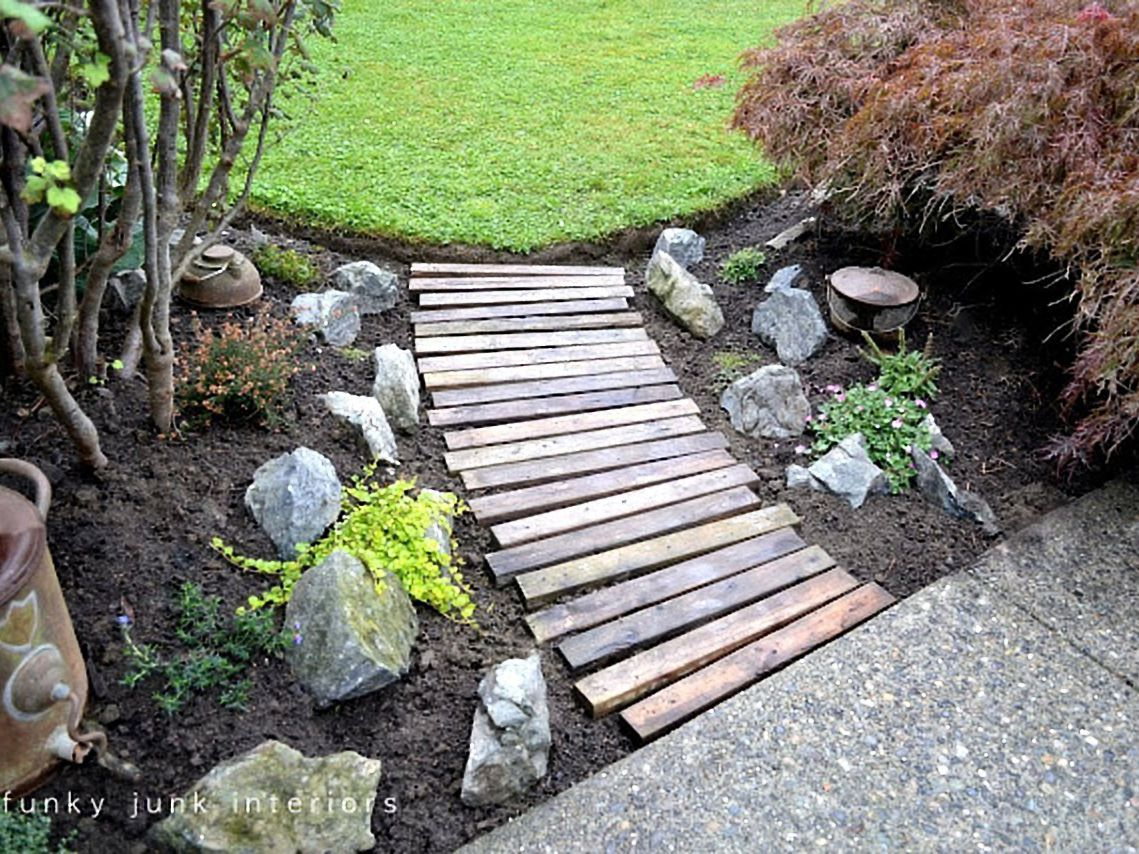 11 Wood Pallet Ideas for the Garden