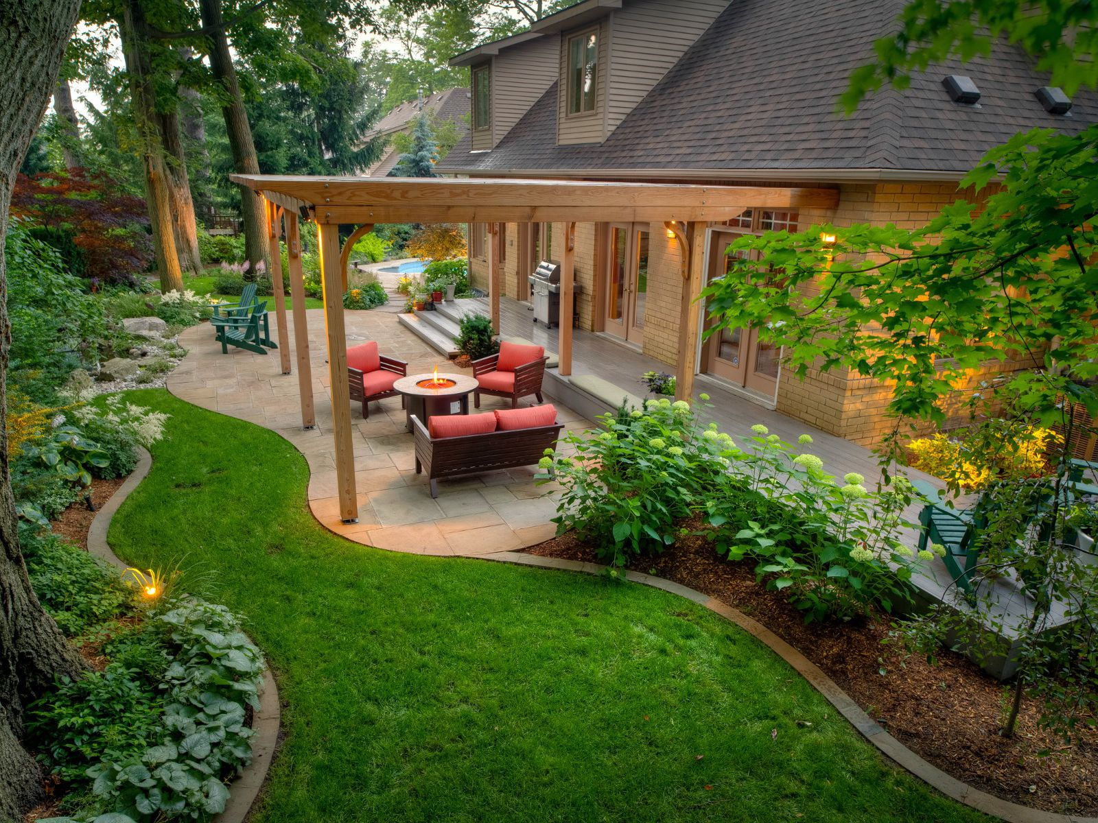 50 Backyard Landscaping Ideas To