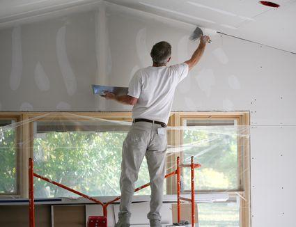 Wet Sanding Drywall Mud Helps Avoid Room Dust