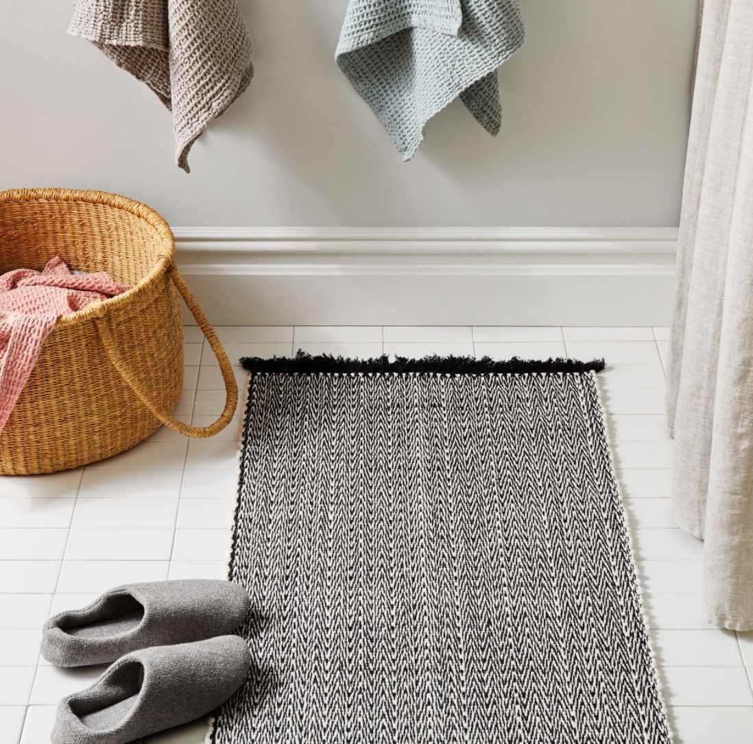 Azulina Home Bath Mat