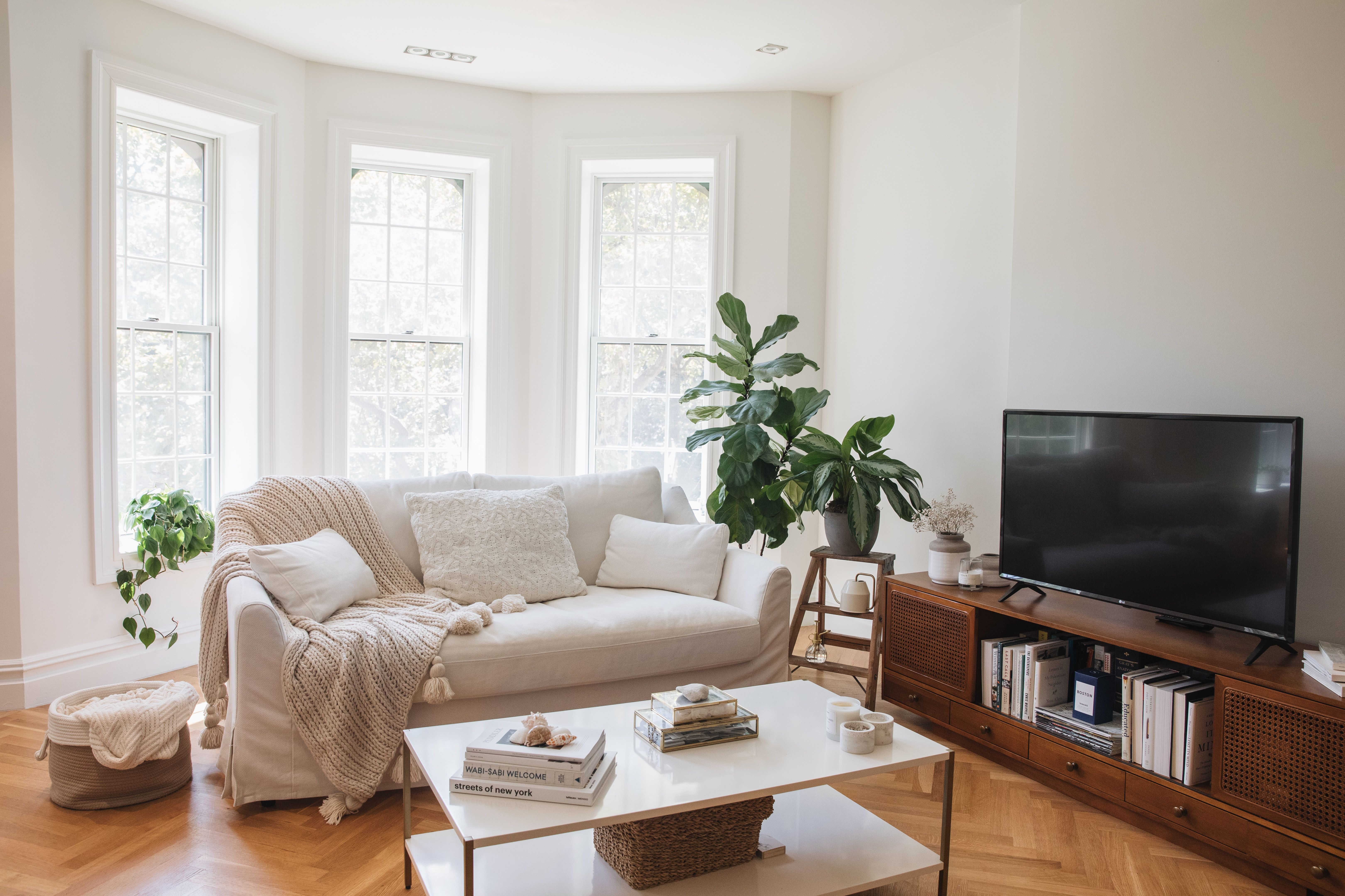 9 Simple Decorating Rules for Arranging Furniture