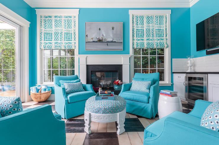 bonita casa de la piscina azul