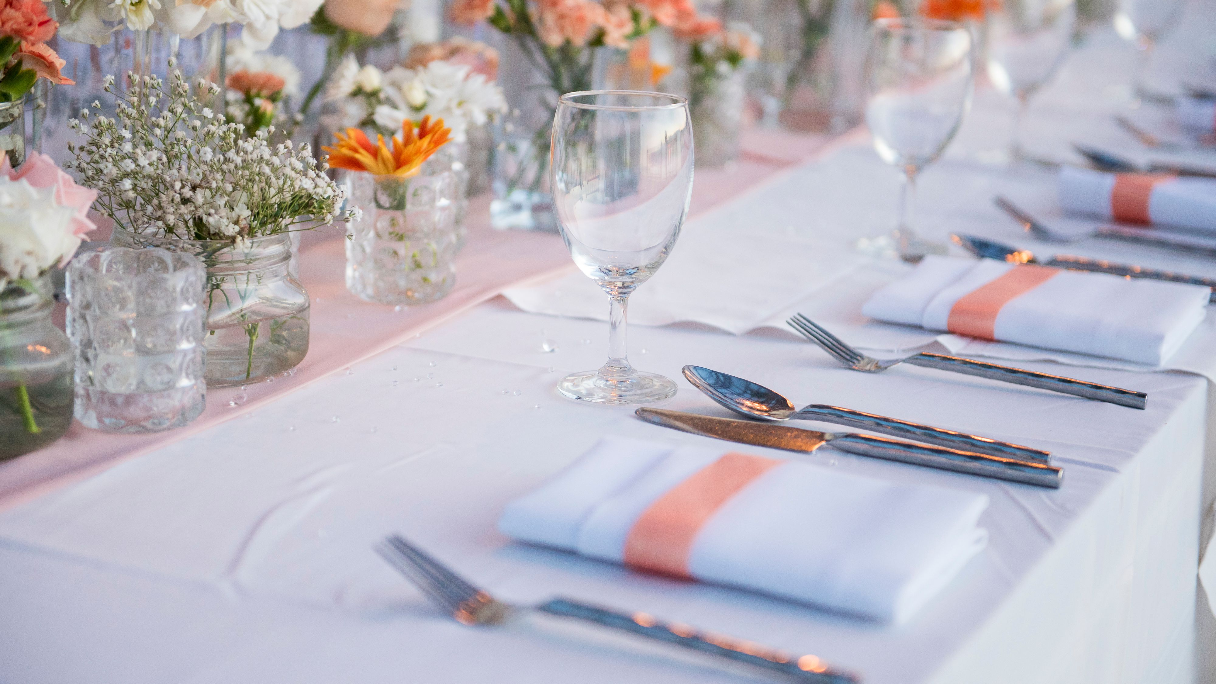 Iron And Tablecloths Linens