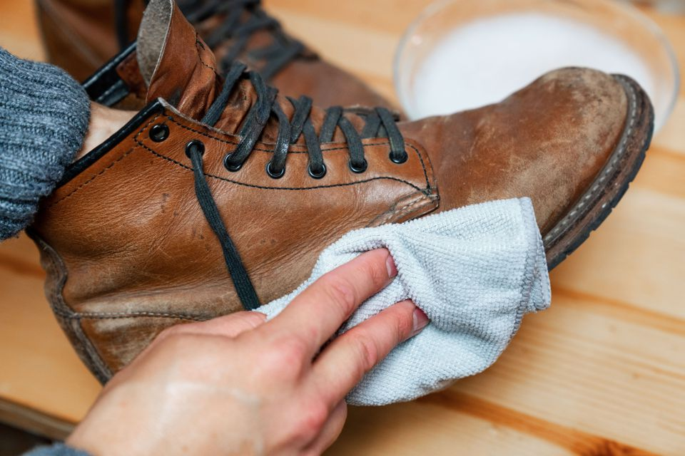cleaning mold off of leather boots
