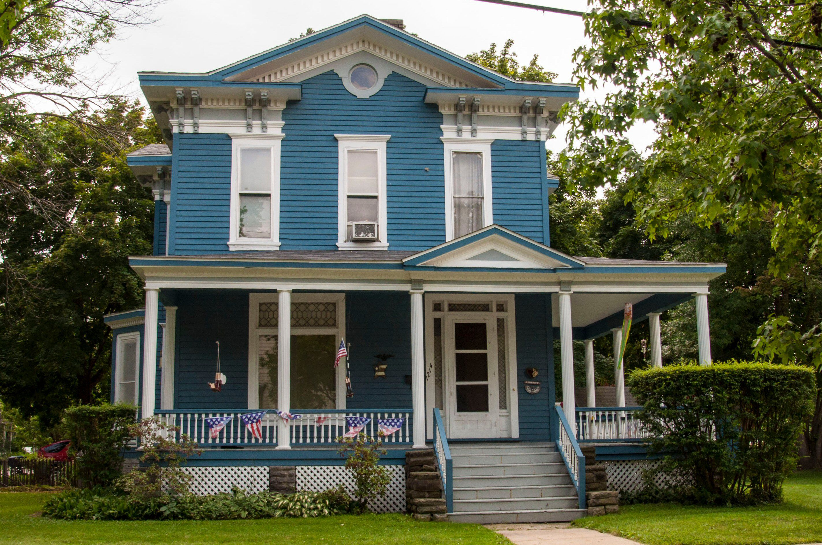 What Shade Of Blue Should You Paint Your House