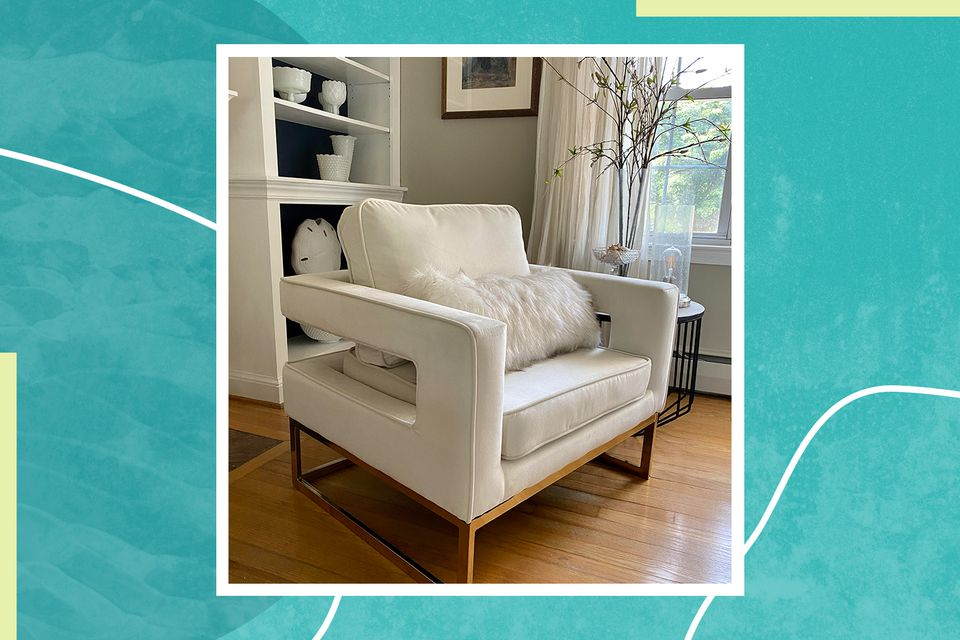 Designer Maria Loveless recently purchased modern Binghamton wide velvet armchairs, which now have a spot in her living room.