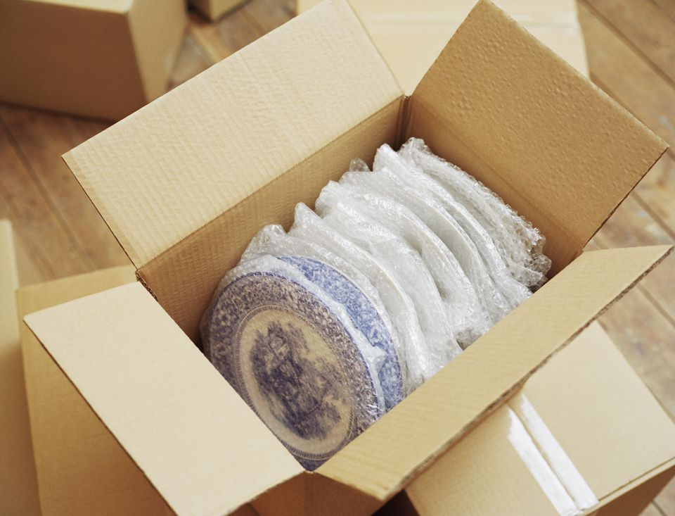 Dinner Plates Packed in Box