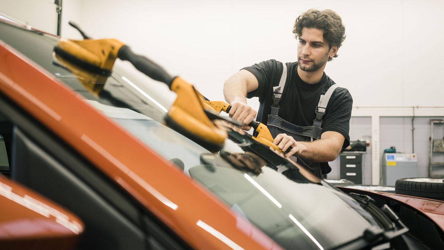 New Details On Windshield Replacement