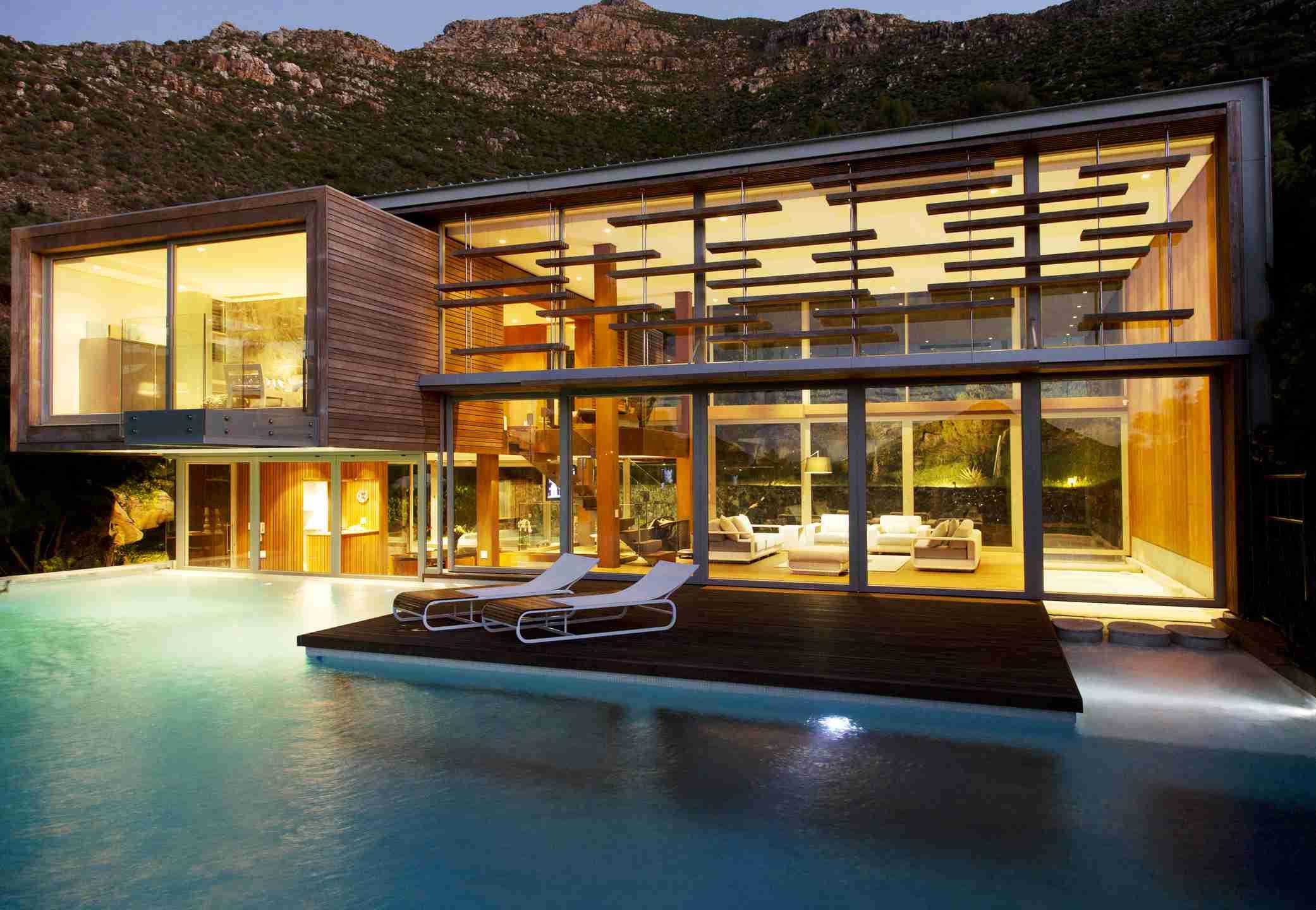 spa house swimming pool