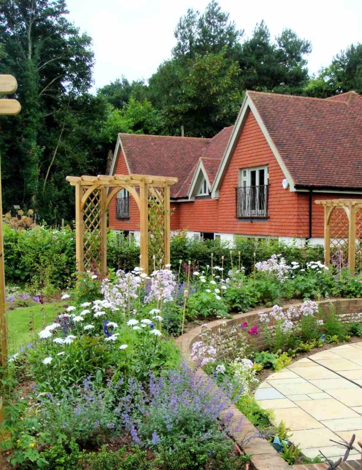 english cottage garden ideas