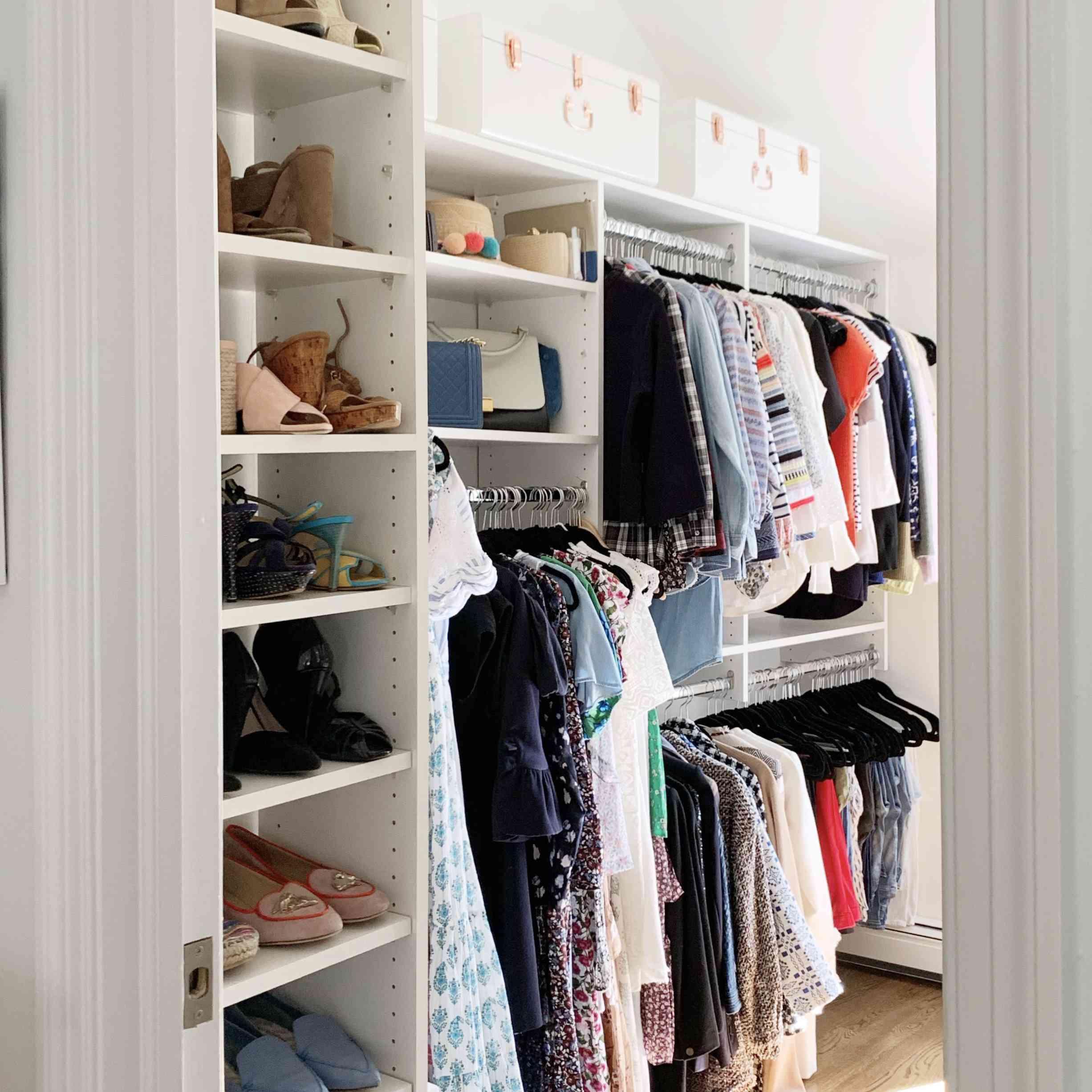 Closet with shoe organizer