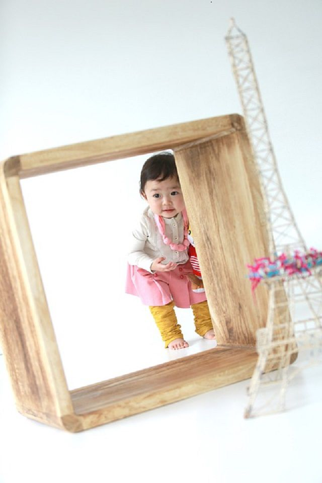 Child in photo shoot set up