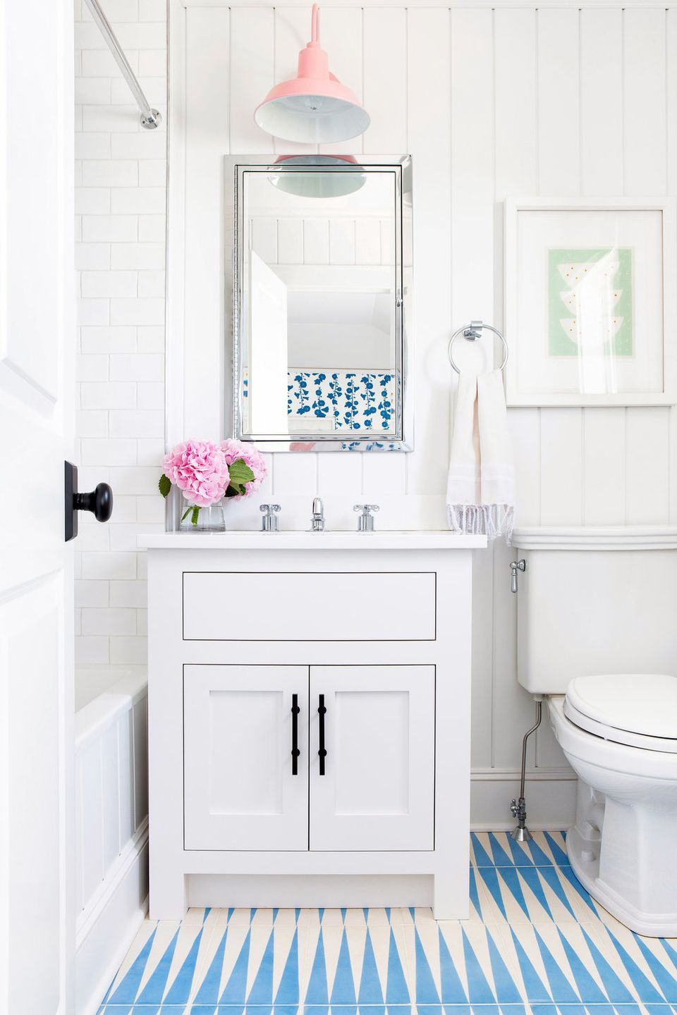 15 Modern Teen Bathroom Ideas
